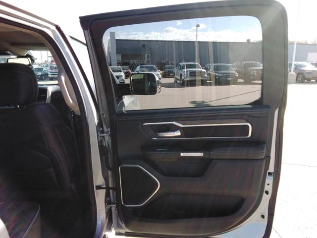 2020 Ram 1500 Crew Cab 4x4, Pickup #LU2586 - photo 13