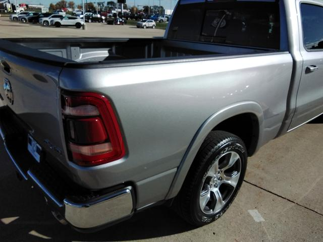 2020 Ram 1500 Crew Cab 4x4, Pickup #LU2586 - photo 15