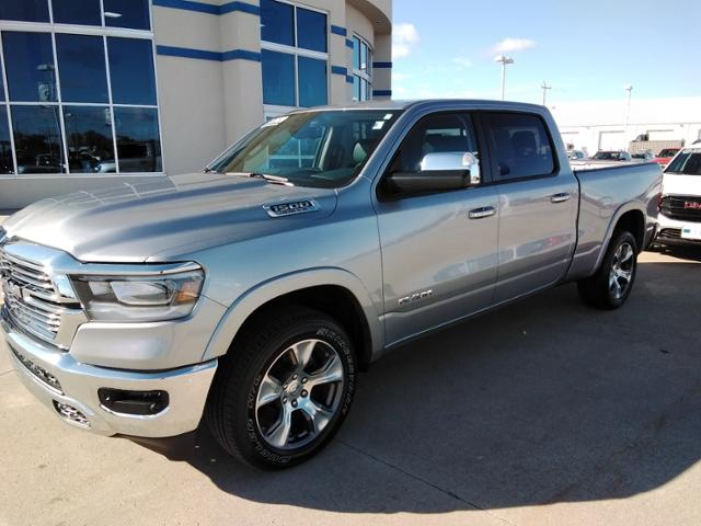 2020 Ram 1500 Crew Cab 4x4, Pickup #LU2586 - photo 4
