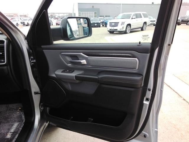 2020 Ram 1500 Crew Cab 4x4, Pickup #G1475 - photo 10