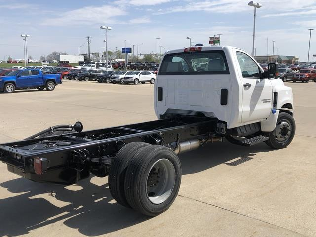 2019 Chevrolet Silverado Medium Duty Regular Cab DRW 4x2, Cab Chassis #FP190345A - photo 6