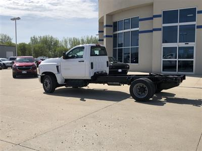 2019 Chevrolet Silverado Medium Duty Regular Cab DRW 4x2, Cab Chassis #FP190345A - photo 2