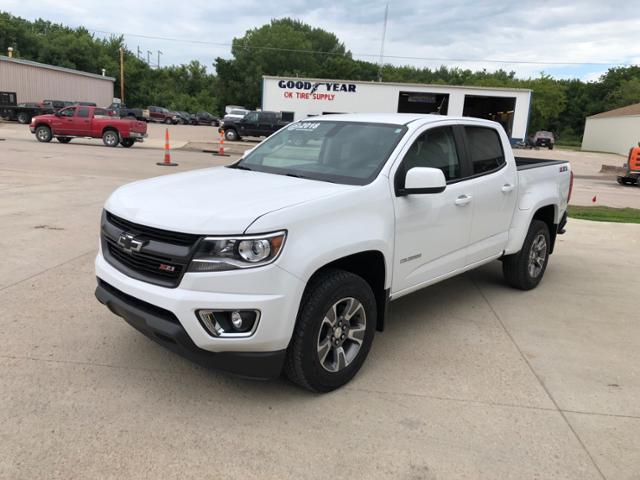 2018 Chevrolet Colorado Crew Cab 4x4, Pickup #J550 - photo 8
