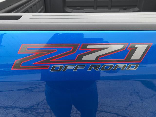 2021 Chevrolet Colorado Crew Cab 4x4, Pickup #J656 - photo 31