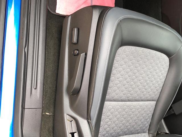 2018 Colorado Crew Cab 4x4,  Pickup #J656A - photo 15
