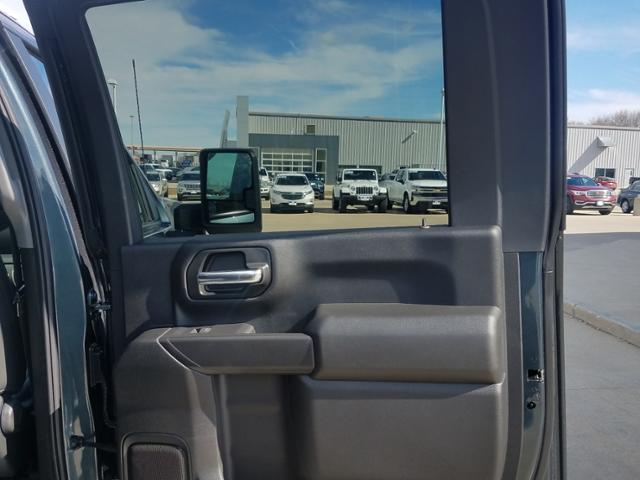 2020 Silverado 2500 Crew Cab 4x4, Pickup #LN1290 - photo 13