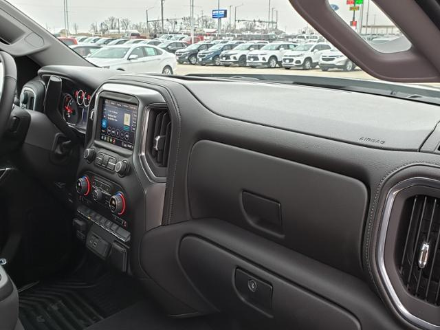 2020 Chevrolet Silverado 1500 Crew Cab 4x4, Pickup #LN1318 - photo 10