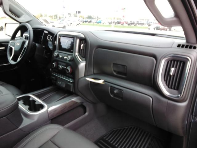 2020 Chevrolet Silverado 1500 Crew Cab 4x4, Pickup #LN1389 - photo 11