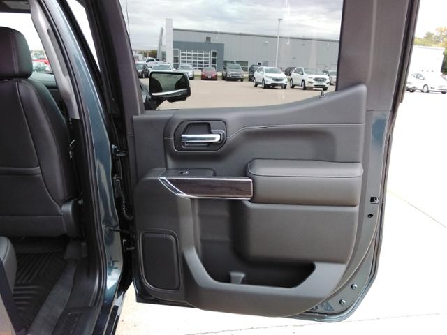 2020 Chevrolet Silverado 1500 Crew Cab 4x4, Pickup #LN1389 - photo 12