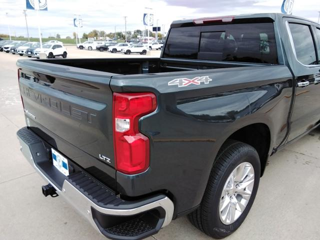 2020 Chevrolet Silverado 1500 Crew Cab 4x4, Pickup #LN1389 - photo 16