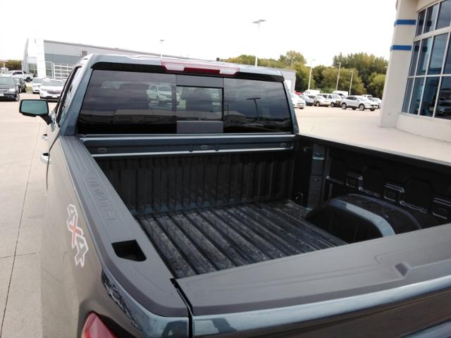 2020 Chevrolet Silverado 1500 Crew Cab 4x4, Pickup #LN1389 - photo 18