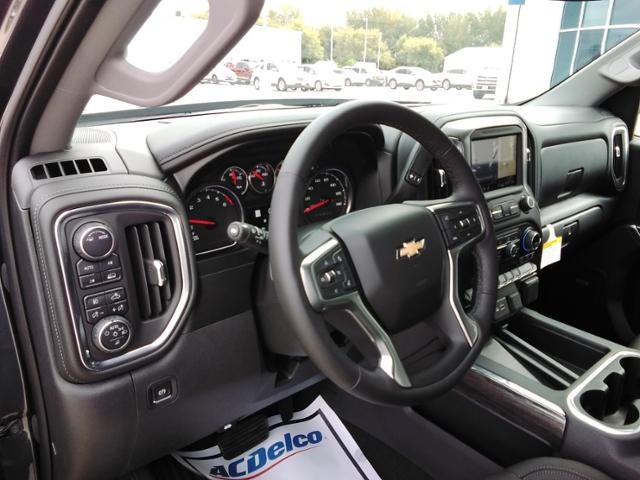 2020 Chevrolet Silverado 1500 Crew Cab 4x4, Pickup #LN1389 - photo 33