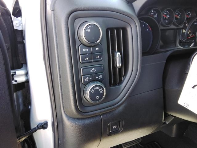 2020 Chevrolet Silverado 1500 Crew Cab 4x4, Pickup #LN1404 - photo 35