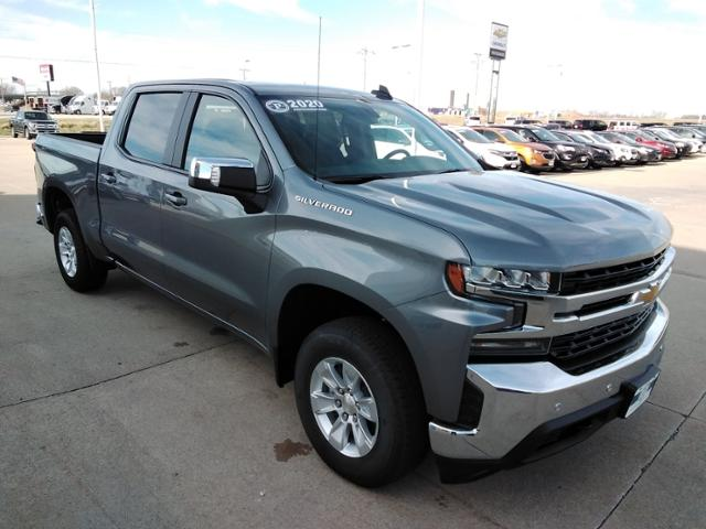 2020 Chevrolet Silverado 1500 Crew Cab 4x4, Pickup #LN1436 - photo 1