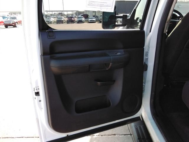 2013 Chevrolet Silverado 2500 Crew Cab 4x4, Pickup #LN1516A - photo 25