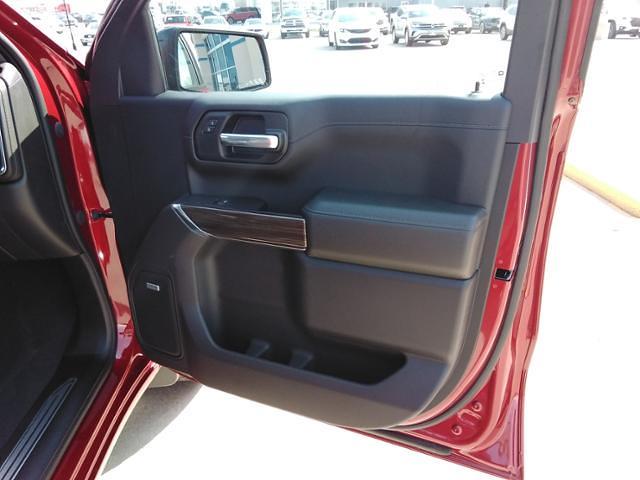2021 Chevrolet Silverado 1500 Crew Cab 4x4, Pickup #LN1528 - photo 10