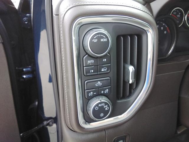 2021 Chevrolet Silverado 1500 Crew Cab 4x4, Pickup #LN1557 - photo 36
