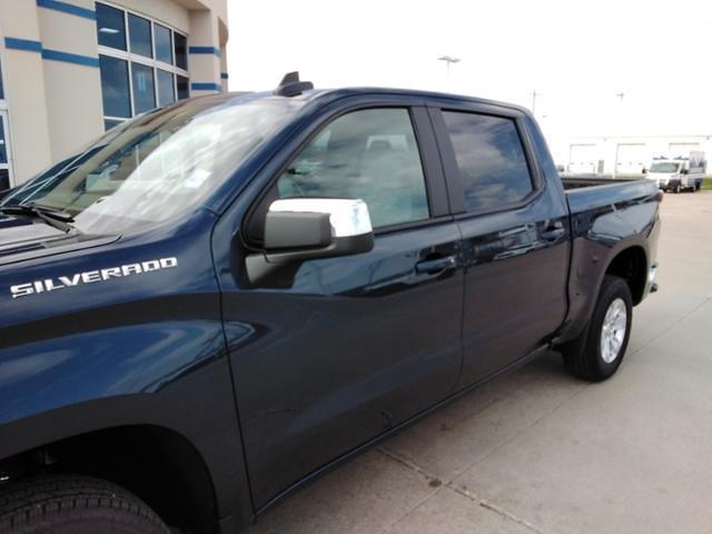 2021 Chevrolet Silverado 1500 Crew Cab 4x4, Pickup #LN1557 - photo 39