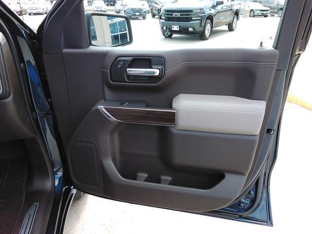 2021 Chevrolet Silverado 1500 Crew Cab 4x4, Pickup #LN1557 - photo 9