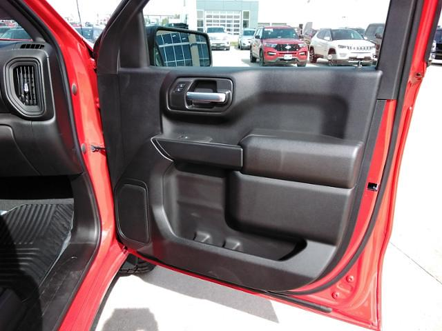 2021 Chevrolet Silverado 1500 Crew Cab 4x4, Pickup #LN1562 - photo 32
