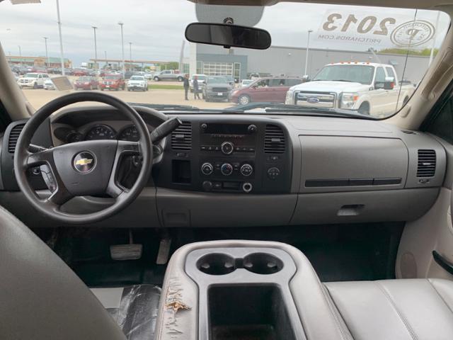 2013 Silverado 3500 Crew Cab 4x4, Platform Body #FE204359A - photo 28