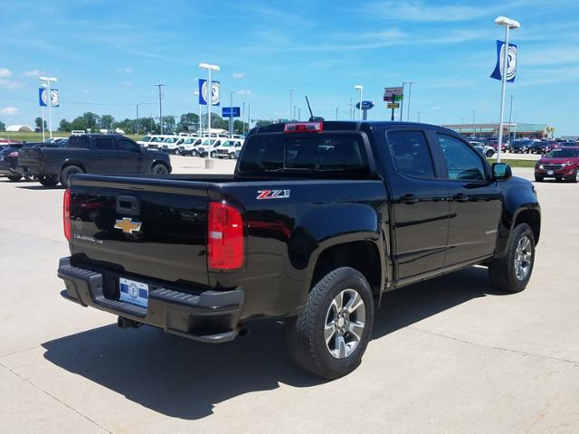 2019 Chevrolet Colorado Crew Cab 4x4, Pickup #LU2295 - photo 2