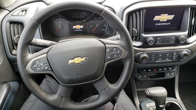 2021 Chevrolet Colorado Crew Cab 4x4, Pickup #LU3004 - photo 16