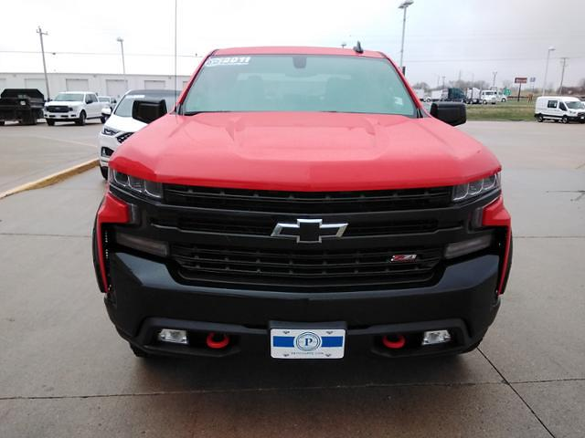 2019 Chevrolet Silverado 1500 Crew Cab 4x4, Pickup #LU3048 - photo 4