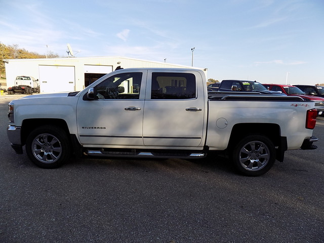 2016 Silverado 1500 Crew Cab 4x4, Pickup #U1481A - photo 10