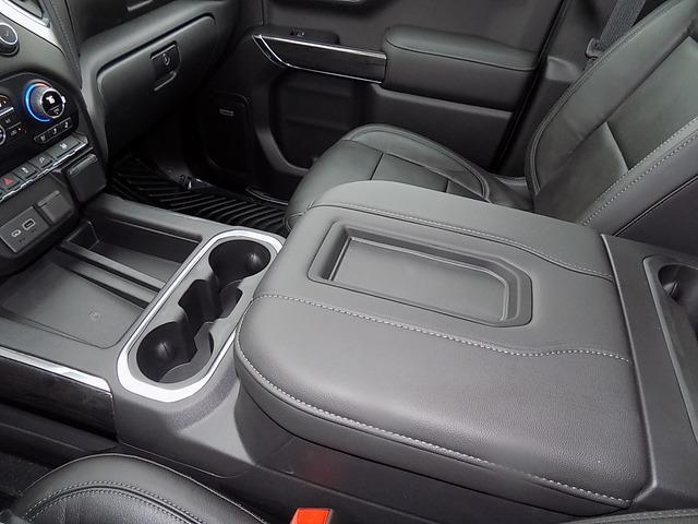 2020 Chevrolet Silverado 1500 Crew Cab 4x4, Pickup #U1741 - photo 17