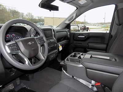 2021 Chevrolet Silverado 1500 Crew Cab 4x4, Pickup #U1953 - photo 11