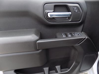 2021 Chevrolet Silverado 1500 Crew Cab 4x4, Pickup #U1953 - photo 19