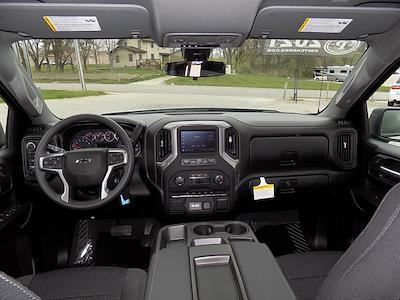 2021 Chevrolet Silverado 1500 Crew Cab 4x4, Pickup #U1953 - photo 3