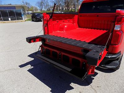 2021 Chevrolet Silverado 1500 Crew Cab 4x4, Pickup #LN1562 - photo 23