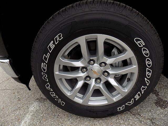 2021 Chevrolet Silverado 1500 Crew Cab 4x4, Pickup #U1967 - photo 23
