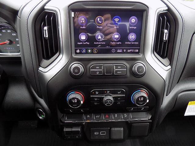2021 Chevrolet Silverado 1500 Crew Cab 4x4, Pickup #U1967 - photo 4