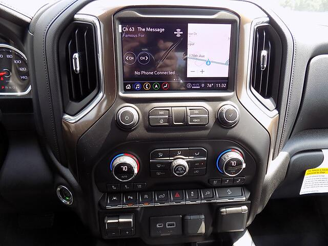 2021 Chevrolet Silverado 1500 Crew Cab 4x4, Pickup #U2008 - photo 11
