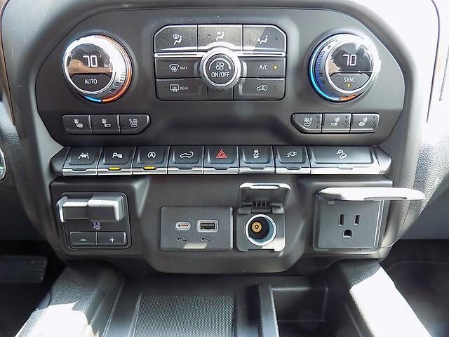 2021 Chevrolet Silverado 1500 Crew Cab 4x4, Pickup #U2008 - photo 14