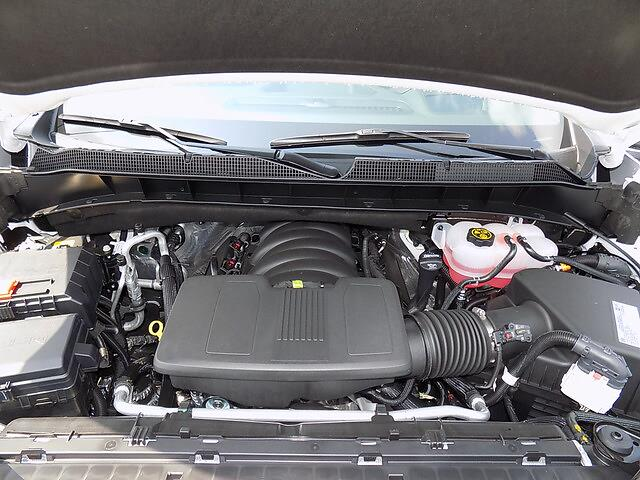 2021 Chevrolet Silverado 1500 Crew Cab 4x4, Pickup #U2008 - photo 28