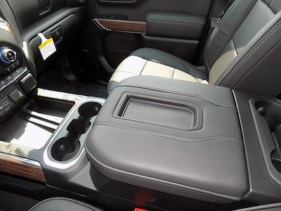 2021 Chevrolet Silverado 1500 Crew Cab 4x4, Pickup #U2008 - photo 16
