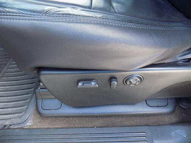 2009 Silverado 3500 Crew Cab 4x4,  Pickup #U2008A - photo 17