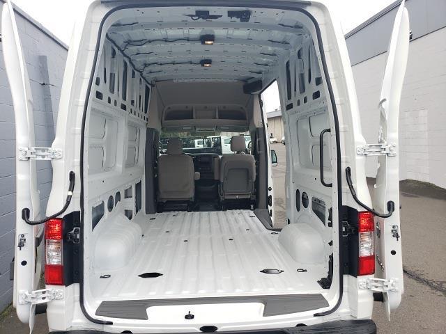 2021 Nissan NV2500 4x2, Empty Cargo Van #N210066 - photo 1