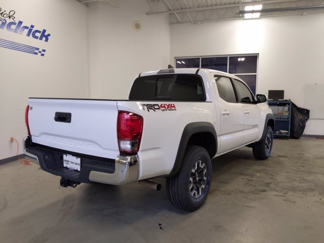 2017 Toyota Tacoma Double Cab 4x4, Pickup #L62276A - photo 1