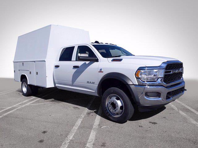 2020 Ram 4500 Crew Cab DRW 4x2, Reading Panel Service Body #L72932 - photo 4