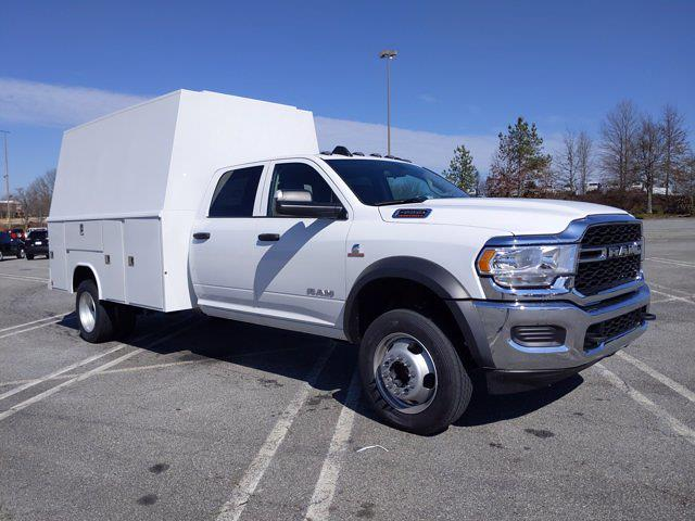 2020 Ram 4500 Crew Cab DRW 4x2, Reading Panel Service Body #L72932 - photo 5