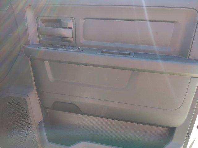 2020 Ram 3500 Crew Cab DRW 4x4, CM Truck Beds RD Model Platform Body #LG145059 - photo 34