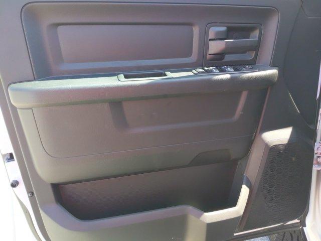 2020 Ram 3500 Crew Cab DRW 4x4, CM Truck Beds RD Model Platform Body #LG145060 - photo 13