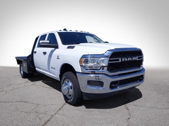 2020 Ram 3500 Crew Cab DRW 4x4, CM Truck Beds RD Model Platform Body #LG145060 - photo 4