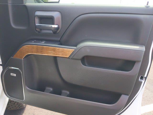 2017 Chevrolet Silverado 1500 Crew Cab 4x4, Pickup #M44566B - photo 34