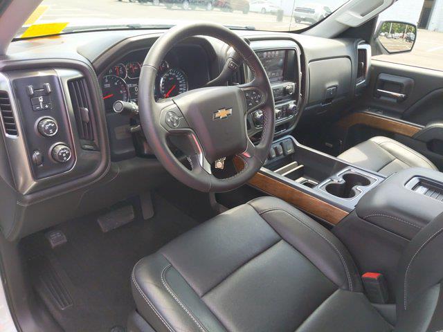 2017 Chevrolet Silverado 1500 Crew Cab 4x4, Pickup #M44566B - photo 4